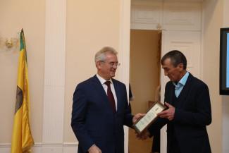 Пензенский губернатор наградил лучших аграриев региона