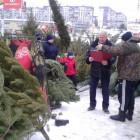 Пензенские власти проверили работу елочных базаров