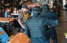 В США люди с автоматами «задержали» Тимати в его же бургерной