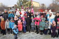 На округе Николая Кузякова прошли новогодние елки