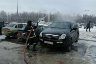 В Пензе во время представления Запашного вспыхнул легковой автомобиль