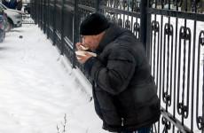 Бездомные пензенцы получили горячее питание и одежду
