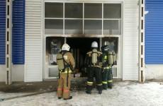 В Заводском районе в Пензе вспыхнуло здание