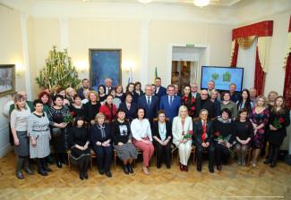 Пензенские власти поздравили журналистов с Днем печати