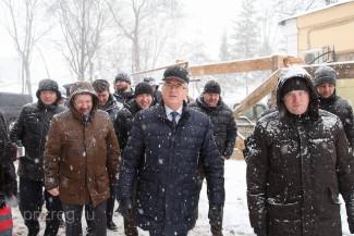 Иван Белозерцев оценил ход реконструкции крепостного вала в Пензе