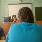 «Вы все три дня ж**ой кверху отдыхали!». Учительница русского внедряет «новые методики» обучения
