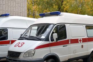 В центре Пензы столкнулись сразу три машины, есть пострадавший