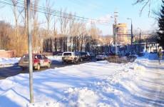 В Пензе улица Захарова замерла в пробке из-за ДТП