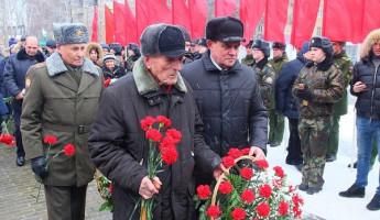 Пензенские единороссы почтили память героев блокадного Ленинграда