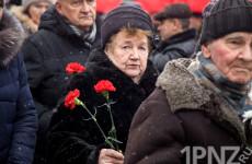 «Мы должны быть сильными» – в Пензе прошёл митинг в честь снятия блокады Ленинграда