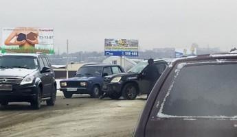 Авария с двумя авто спровоцировала серьезную пробку под Пензой