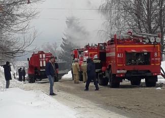 Появились фото с места пожара в Кузнецке Пензенской области