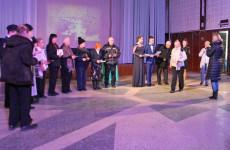 В Пензе участникам проекта «Дети войны» вручили памятные знаки