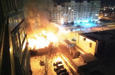 В Пензе огонь уничтожил торговый павильон