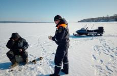 Пензенские спасатели провели рейды на зимних водоемах