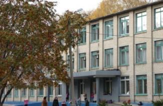 Перекусихин нашел в Пензе две опасные для учеников школы