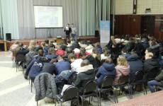 Пензенским школьникам объяснили разницу между проступком и преступлением