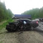 Автомобиль жителя Пензенской области был «расплющен» двумя грузовиками