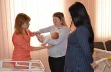 В Пензе и области слушателями «Школы материнства» стали более 8 тысяч человек