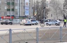 В центре Пензы автомобиль полиции попал в аварию