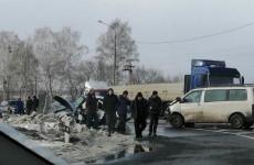 Появились новые фото с места смертельного ДТП на трассе в Пензенской области