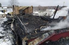 Опубликованы фото с места смертоносного пожара в Пензенской области