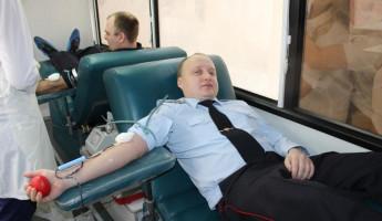 За один день пензенские «доноры в погонах» сдали более 15 литров крови