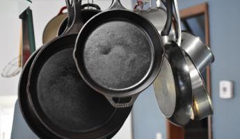 В День всех влюбленных житель Пензенской области избил жену сковородой