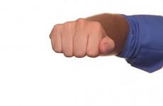 В Пензе водитель набросился на пешехода с кулаками - соцсети