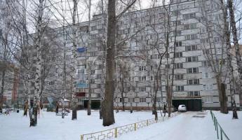 В Пензе двое маленьких детей едва не замерзли на балконе