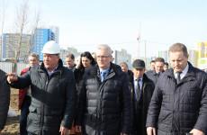 Детскую поликлинику в Спутнике достроят уже в этом году
