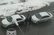 В пензенском микрорайоне Терновка столкнулись две легковушки
