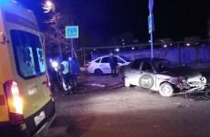 На улице Рахманинова в Пензе случилась серьезная авария. ФОТО