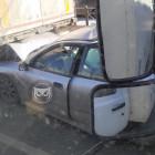На трассе М-5 в Пензе легковушку зажало между двумя фурами. ФОТО