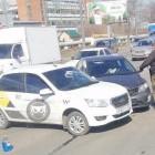 На улице Баумана в Пензе угодила в аварию машина «Яндекс.Такси»