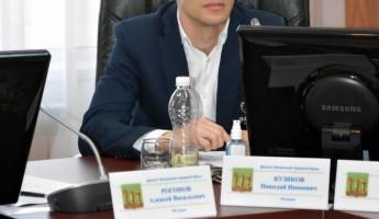 Николай Кузяков призвал обратить внимание на школьников в непростой период, в котором мы сейчас находимся