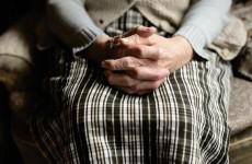 Пожилые пензенцы могут дистанционно получить социальную помощь
