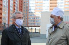 Кому понадобился забор Ивана Белозерцева
