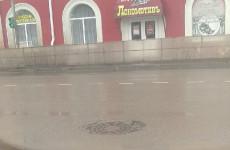 Пензенских водителей предупредили об опасности на улице Локомотивной