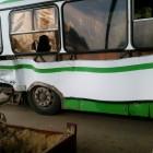 В Пензе «ЗИЛ» влетел в пассажирский автобус №165