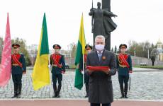 На зданиях пензенских школ установят копии Знамени Победы