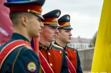 Над Рейхстагом реял алый флаг – Пензе передали Знамя Победы (50 фото)