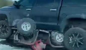 Жуткие кадры. Известный в Пензе предприниматель сбил сына экс-депутата