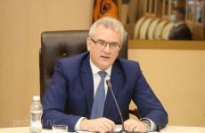 Губернатору Ивану Белозерцеву пожаловались на условия работы в системе здравоохранения