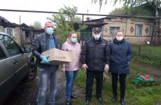 В Пензенской области полицейские передали продукты малообеспеченным семьям