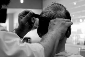 Пензенский губернатор рассказал о парикмахере, заразившем 23 клиента COVID-19