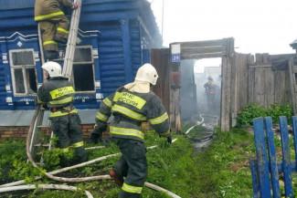 Крупный пожар под Пензой прокомментировали в МЧС