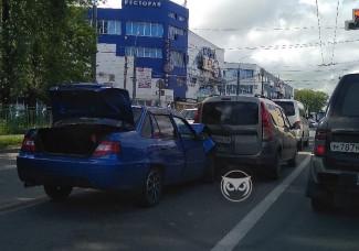 Массовое ДТП в Заводском районе Пензы: столкнулись четыре машины