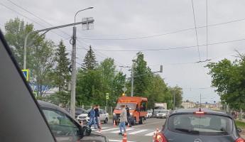 В Пензе одна из улиц встала в пробке из-за дорожных работ