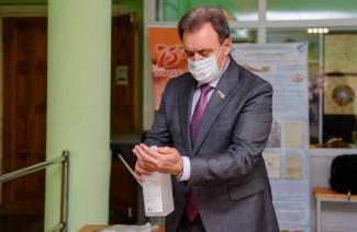 Валерий Лидин проверил готовность участков к голосованию в Пензе
